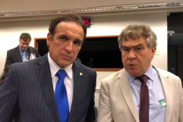 Deputado Hugo Leal trabalha para vetar Placa Mercosul
